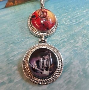 Hendrix Necklace with Sterling Silver Chain